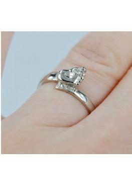 Серебряное кольцо с ножкой младенца
