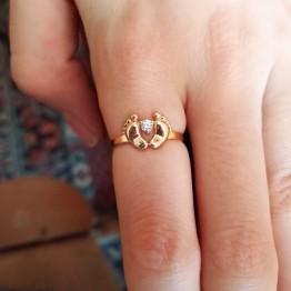 Золотое кольцо с пяточками