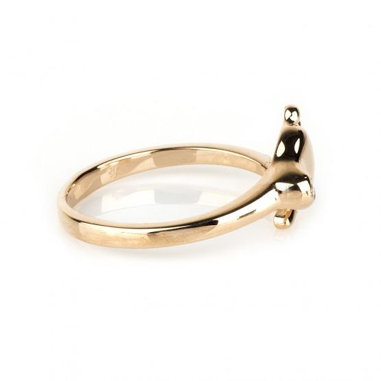 Золотое кольцо с пяточкой малыша