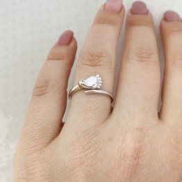 Кольцо Пяточка младенца белое золото